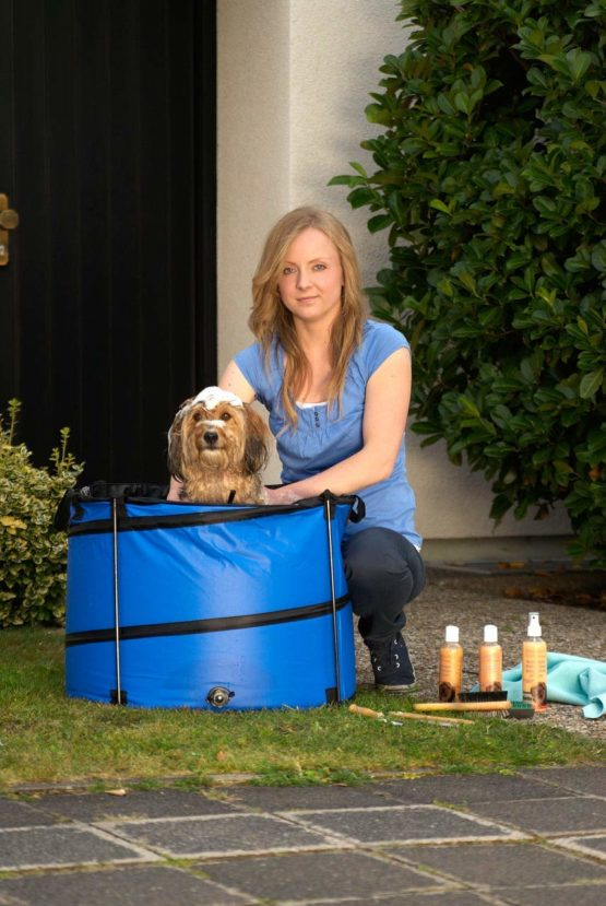 Karlie Quick Wash 11110 Doggy Shower for Small Dogs 60 x 45 cm Round Blue